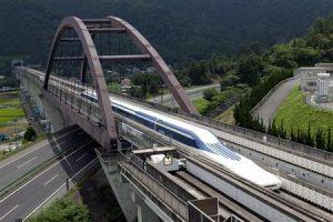 Jepang Menawarkan Teknologi Kereta Peluru ke Taiwan