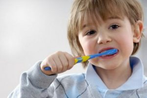 Manfaat Menyikat Gigi, Bisa Menyelamatkan Nyawa Kita