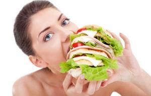 Wanita Hamil Jangan Makan dengan Porsi Dobel