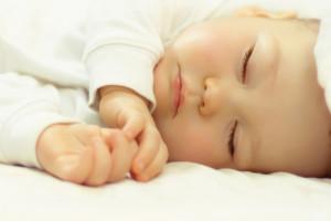 Manfaat Tidur Siang Bagi Bayi, Membuatnya Jauh Lebih Pintar